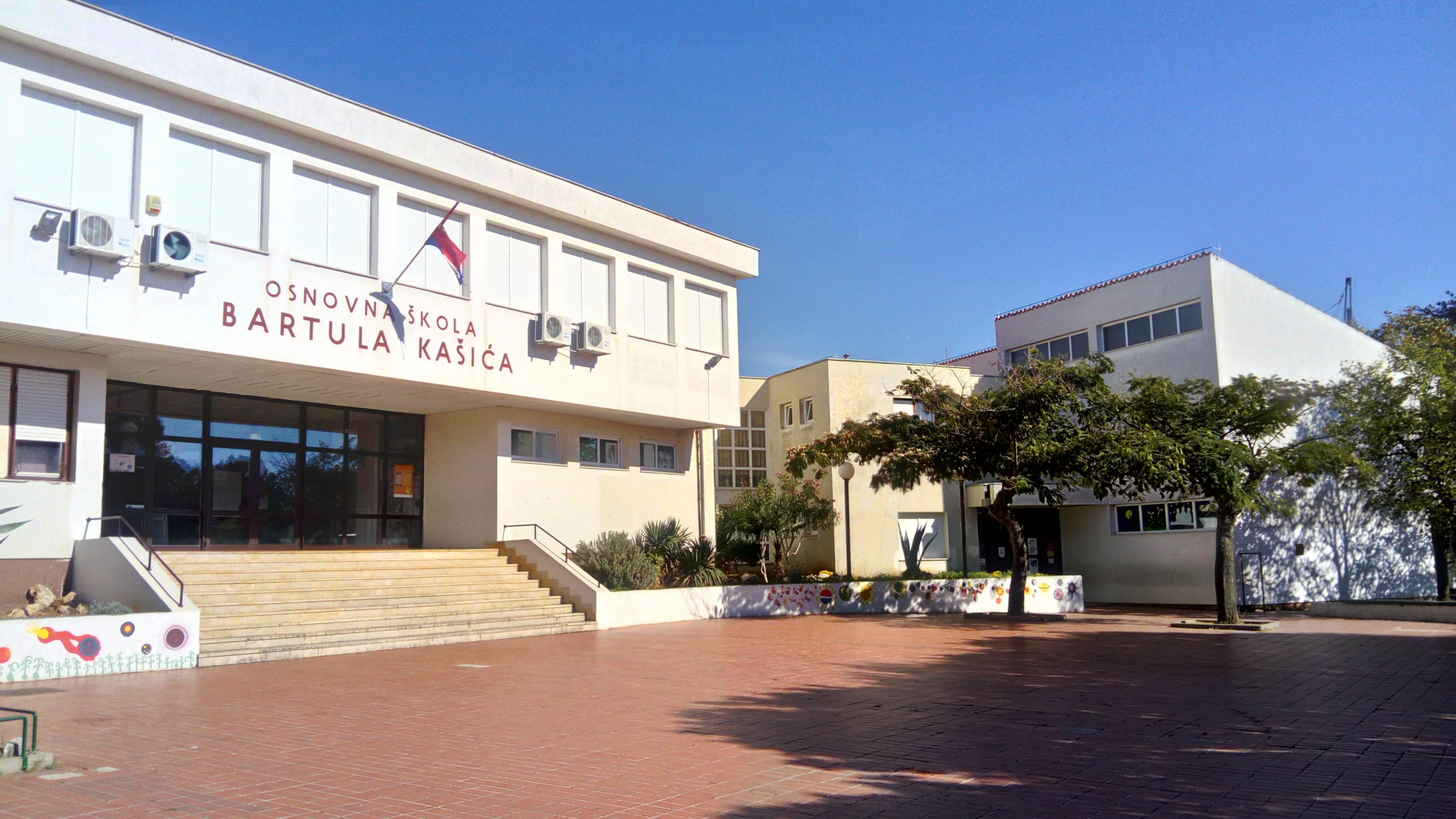 Osnovna Skola Bartula Kasica Zadar O Skoli